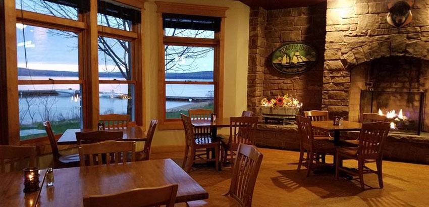 madeline-island-pub-lounge