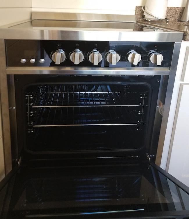 kitchen-range-front-650